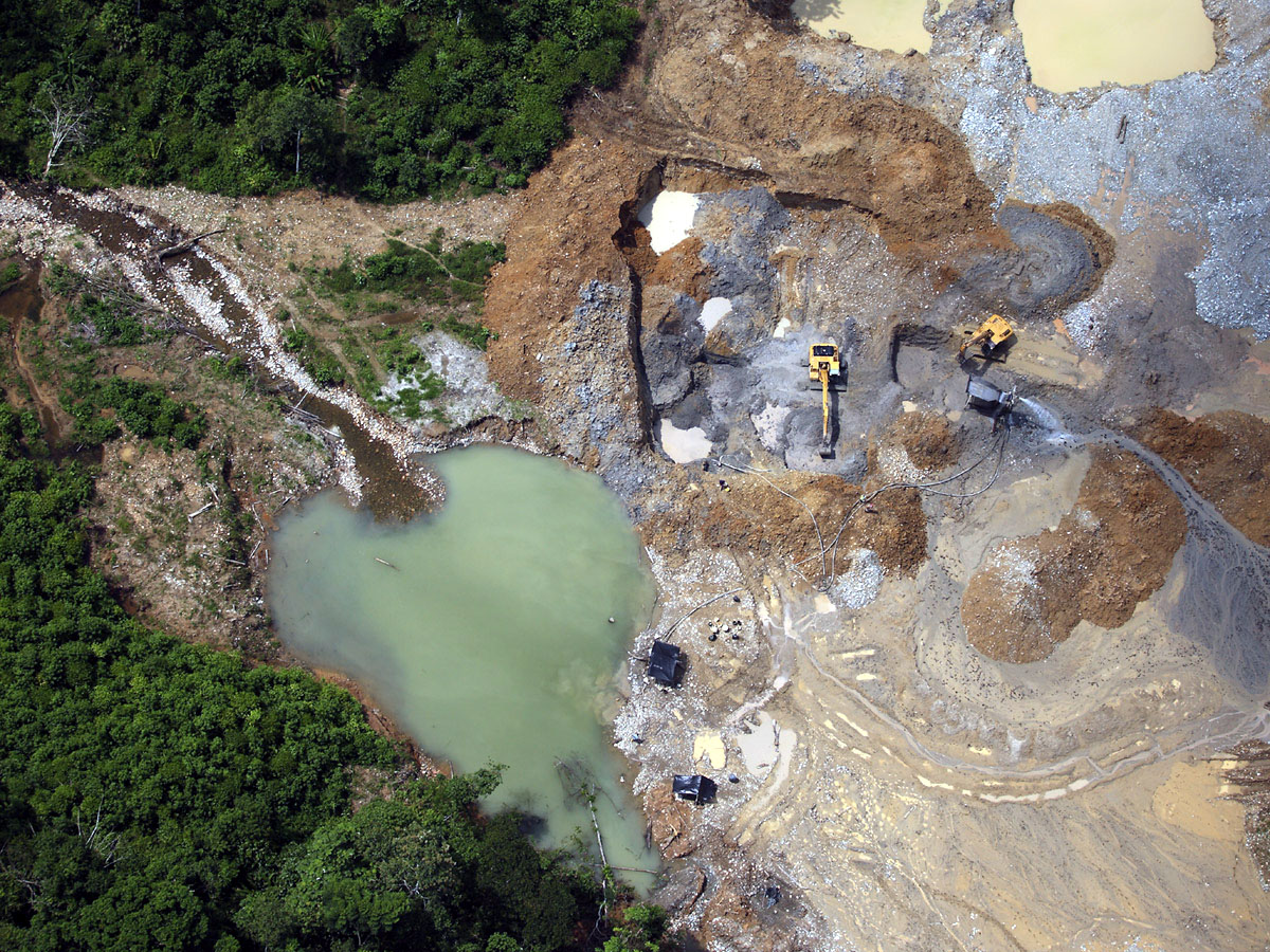 environmental problems caused by gold mining Can we mitigate environmental impacts from mining  which causes the dissolved metals to precipitate from the water,  disposal of the sludge is a major problem.